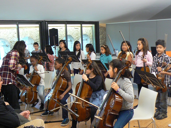 Orquesta escola Charlie Rivel