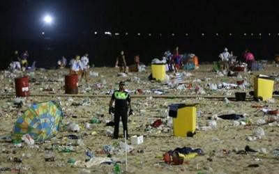 ¿Deben las personas limpiar lo que ensucian?